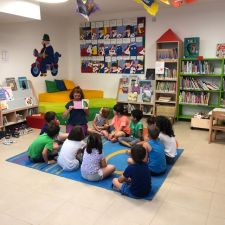 Reading and Sharing